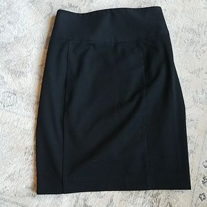 EXPRESS BLACK SKIRT Size S
